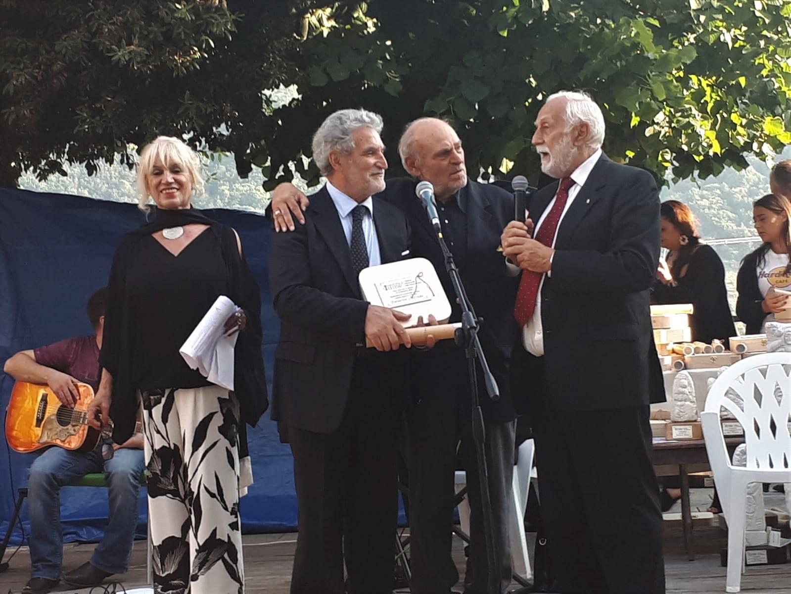 PALMERINI PREMIATO PER L'ATTIVITÀ SULLA STAMPA ITALIANA ALL'ESTERO