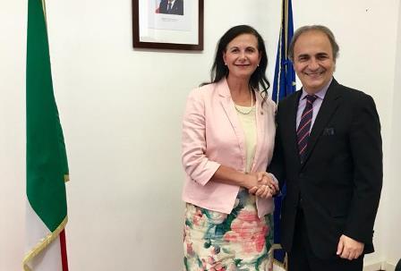 MERLO RICEVE IL MINISTRO AUSTRALIANO FIERRAVANTI WELLS
