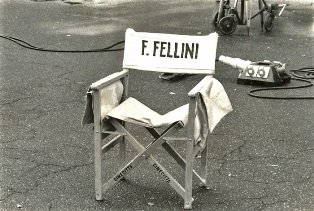 """""""FELLINI E I SUOI FILM, FATTI E FANTASIA"""": L"""