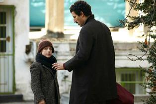 """RAI ITALIA/ """"ITAKER – VIETATO AGLI ITALIANI"""": L'EMIGRAZIONE IN UN FILM DI TONI TRUPIA"""