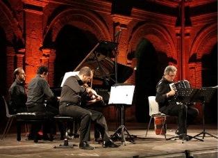 """""""TRA MUSICA E DANZA: SUONI IN MOVIMENTO"""": AD AMBURGO IL CONCERTO DEL TRIO LE METAMORFOSI MUSICALI"""