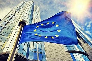 La Commissione europea rileva ulteriori misure delle piattaforme online per combattere la disinformazione sui vaccini anticovid