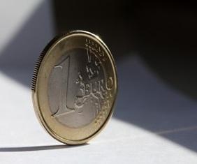 COMMISSIONE E FONDO EUROPEO PER GLI INVESTIMENTI SBLOCCANO 8 MILIARDI DI FINANZIAMENTI PER 100.000 PICCOLE E MEDIE IMPRESE