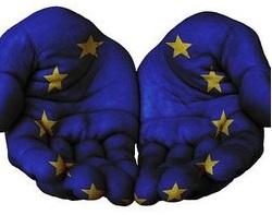 OCCUPAZIONE E SVILUPPI SOCIALI IN UE: EQUITÀ SOCIALE E SOLIDARIETÀ PIÙ IMPORTANTI CHE MAI