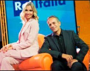 RAI ITALIA: GIORNALISMO, TV E MUSICA NELLA NUOVA PUNTATA DE L'ITALIA CON VOI