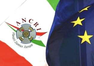 """""""INCONTRIAMOCI"""" A EINDHOVEN: IL 13 GIUGNO CONVEGNO DEGLI ITALIANI E DEI PUGLIESI D'OLANDA"""