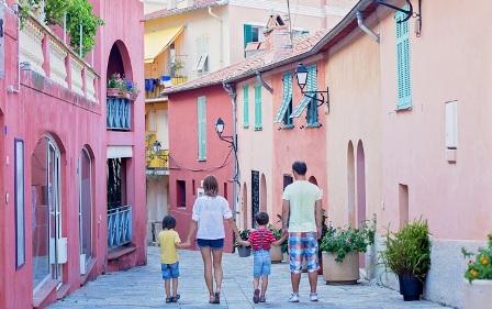 FAMILY TRAVELLER PREMIA GENOVA ROMA E VENEZIA