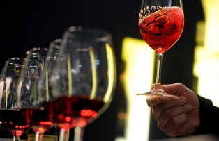 """THE ITALIAN WAY OF WINE"": CORSO PER SOMMELIER A CHONGQING"