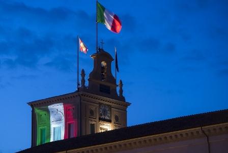 NEL TRICOLORE GLI ITALIANI SI RICONOSCONO CONCITTADINI