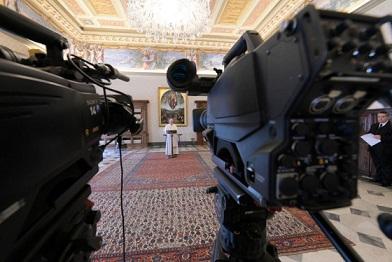 FRANCESCO: SCEGLIAMO LA VIA DI DIO, NON QUELLA DELL