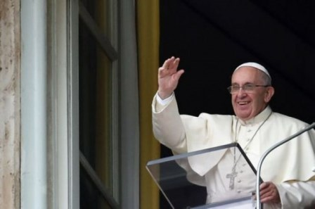 Papa: il cristiano sia una piccola lampada di Vangelo