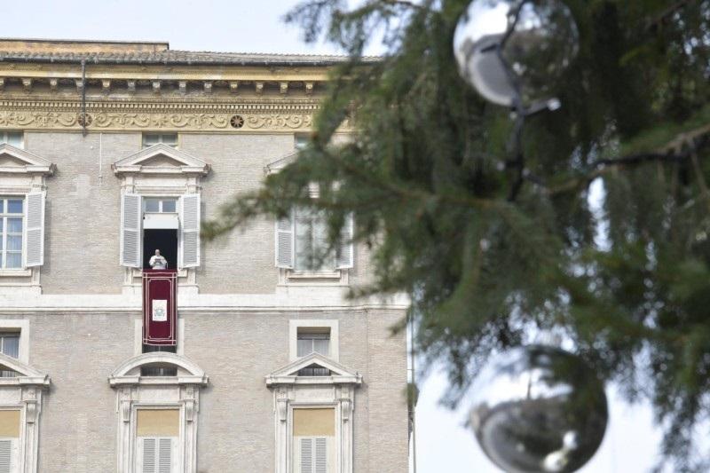 FRANCESCO: L'ESPERIENZA DI DIO CI RIMETTE IN CAMMINO