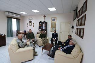 L'AMBASCIATORE SAMMARTINO VISITA IL CAPO DELLE FORZE ARMATE MALTESI