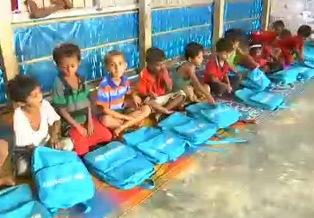UNICEF: OLTRE 145.000 BAMBINI ROHINGYA RITORNANO A SCUOLA NEI CAMPI PER RIFUGIATI IN BANGLADESH