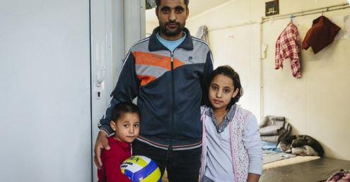 RIFUGIATI: L'APPELLO DELL'UNHCR PER GARANTIRNE L'ACCOGLIENZA IN EUROPA