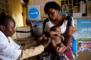 ALLARME UNICEF IN RD CONGO: OLTRE 4.500 BAMBINI SOTTO I 5 ANNI MORTI PER MORBILLO