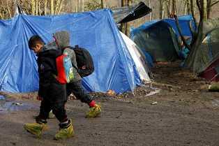 NUOVO STUDIO UNICEF SULLA CONDIZIONE DEI MINORENNI MIGRANTI AL CAMPO DI GRANDE-SYNTHE (PRIMA DELL'INCENDIO)