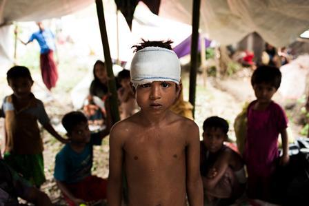 ROHINGYA: L'UNHCR CHIEDE SOLIDARIETÀ E SOSTEGNO PER I RIFUGIATI