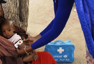 COVAX Facility: 850 tonnellate di vaccini anti-Covid con l'UNICEF
