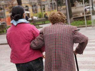 LE FAMIGLIE E IL VALORE DEL LAVORO DOMESTICO: QUASI 900 MILA LAVORATORI REGOLARI/ I DATI DELLA FONDAZIONE MORESSA