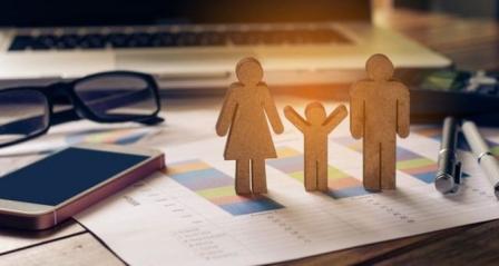 Acli Ticino: soddisfazione per il voto favorevole del Gran Consiglio sul congedo parentale