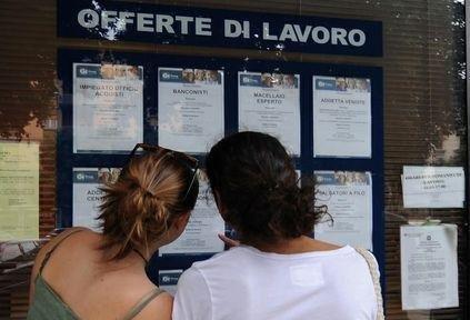 LAVORO: CRESCONO I CONTRATTI NEL MESE DI SETTEMBRE/ PIÙ DINAMICHE LE MEDIE IMPRESE