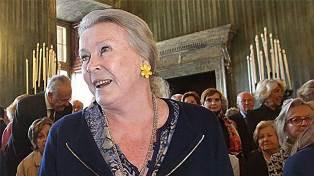 MARIA GABRIELLA DI SAVOIA ACCOLTA AL CASTELLO DI SARRE PER LA VISITA ALLA MOSTRA DEDICATA AGLI ABITI DELLA MADRE: L'ULTIMA REGINA D'ITALIA