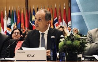 PARTECIPAZIONE DELL'ITALIA ALLA CONFERENZA MINISTERIALE SULL'AVANZAMENTO DELLA LIBERTÀ RELIGIOSA