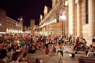 LA EUROPEAN UNION YOUTH ORCHESTRA AL FERRARA BUSKERS FESTIVAL