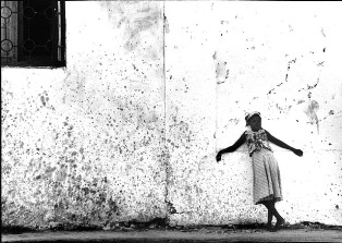 """MOZAMBIQUE: EXPLORING THE IN BETWEEN"", LA MOSTRA FOTOGRAFICA A VENEZIA"