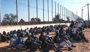 LIBIA: GLI EURODEPUTATI PROPONGONO MISURE CONTRO IMMIGRAZIONE E TERRORISMO