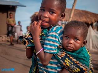 UNICEF: PREOCCUPAZIONE PER LA SITUAZIONE DI 80.000 BAMBINI TORNATI IN CONGO