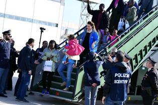 CORRIDOI UMANITARI: ARRIVATE 103 PERSONE DALLA LIBIA