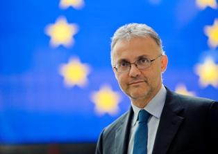 6 DOMANDE SULL'EURO-PARLAMENTO AI CANDIDATI ALLE EUROPEE: MARIO MAURO (POPOLARI PER L'ITALIA) – di Alessandro Butticè