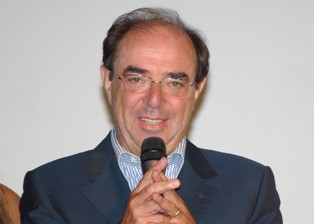 """MUCCI (WE THE ITALIANS) INTERVISTA RENATO CANTORE, AUTORE DEL LIBRO """"DALLA TERRA ALLA LUNA"""": LA STORIA DI ROCCO PETRONE"""