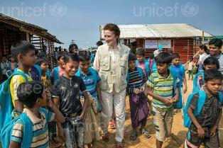 UNICEF: MEZZO MILIONE DI BAMBINI ROHINGYA SONO RIFUGIATI APOLIDI IN BANGLADESH