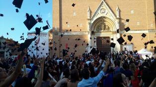 """STUDENTI DA 100 PAESI ALLA STRANIERI DI SIENA: INIZIA LA 101ESIMA ANNATA DEI """"CORSI DI LINGUA E CULTURA ITALIANA"""""""