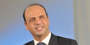 IL MINISTRO ALFANO IN MISSIONE A DOHA