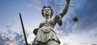 GLI STATI UE DEVONO PROMUOVERE LO STATO DI DIRITTO E I DIRITTI FONDAMENTALI: ZERO FONDI A CHI NON LO FA