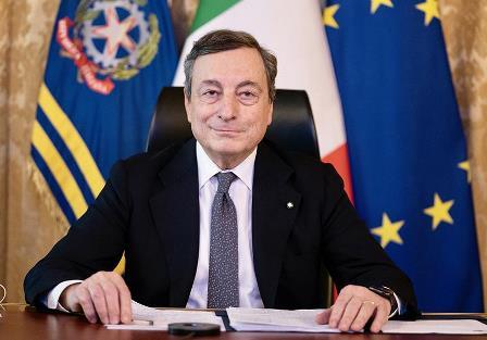 Draghi sui vaccini: prima i più fragili/ Il premier: ogni vita conta