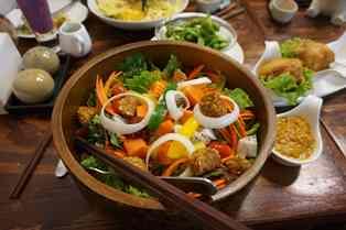A tavola un posto rilevante per il microbioma intestinale