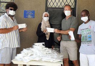 Italiani donano 1000 mascherine professionali all