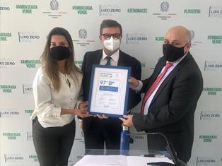 """Brasilia: l'Ambasciata riceve la certificazione """"Zero Waste"""" dell'Istituto Lixo Zero Brasil"""