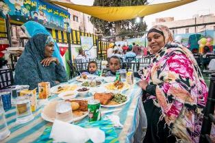 Inizia il Ramadan/ Dall'Unhcr l'invito ad essere solidali con i più colpiti dalla pandemia