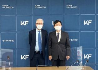 Rapporti culturali tra Italia e Corea: l'ambasciatore Failla incontra Seon – in (Korea foundation)