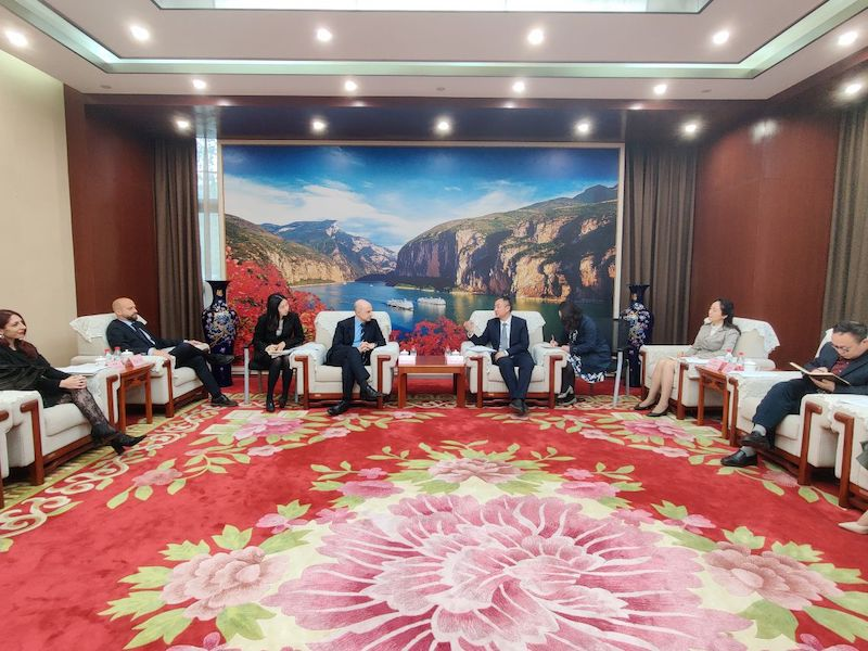 Chongqing: il console Bilancini incontra la Commissione Cultura e Turismo