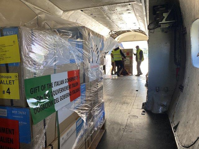 In Etiopia il volo umanitario della Cooperazione Italiana per la fornitura di beni umanitari nel Tigré
