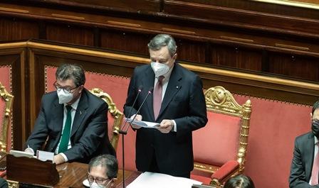 Draghi in Parlamento: l'unità è un dovere