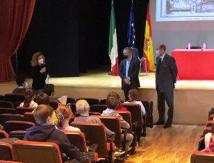 Madrid: l'Ambasciatore Guariglia incontra personale e studenti della Scuola Italiana