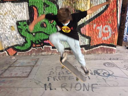 ESSERE ADOLESCENTI AI TEMPI DEL COVID IN ITALIA